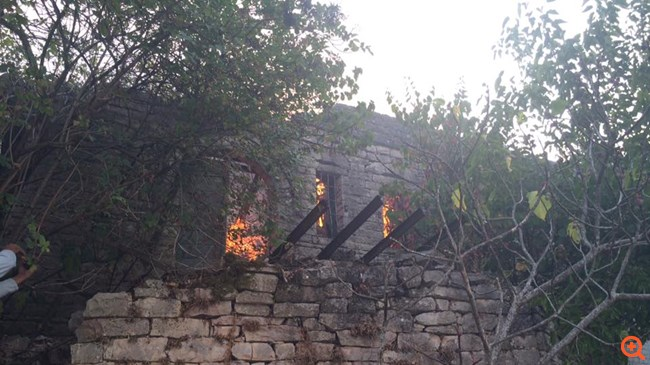 Αποτέλεσμα εικόνας για φωτιεσ αλβανια
